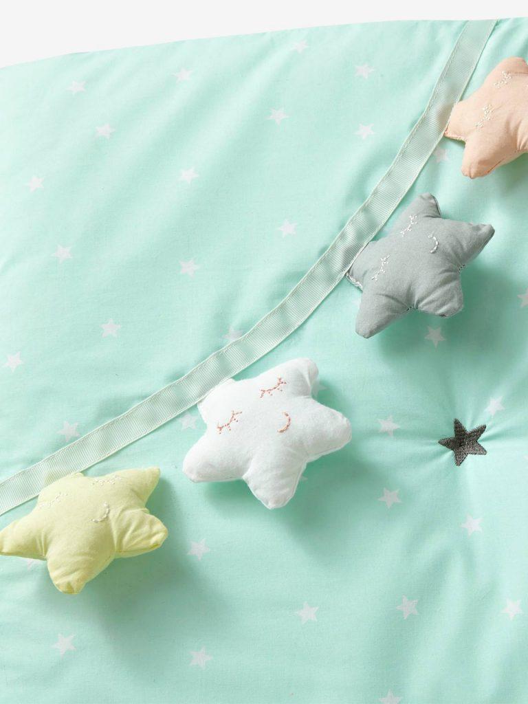 Jouet guirlande d'étoiles tapis d'éveil Vertbaudet
